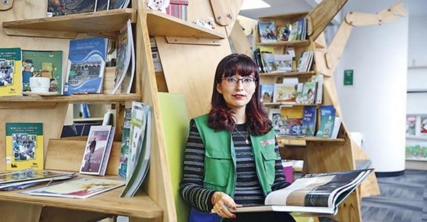 VERÓNICA JOSEFINA ALEGRÍA LLANOS: El sueño de una servidora pública de crear bibliotecas sobre el cuidado del medioambiente