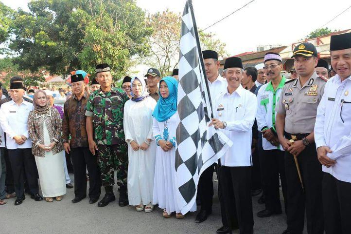 Bupati dan Wakil Bupati Pringsewu Beserta Jajarannya Melepas 388 Jemaah Haji dari Pringsewu