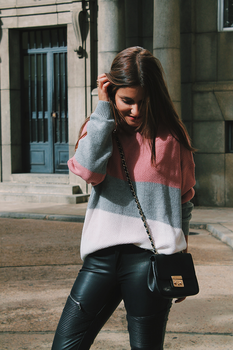 Outfit con jersey rosa