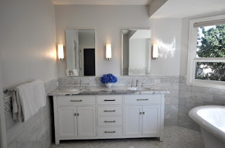 Bathrooms With White Vanities