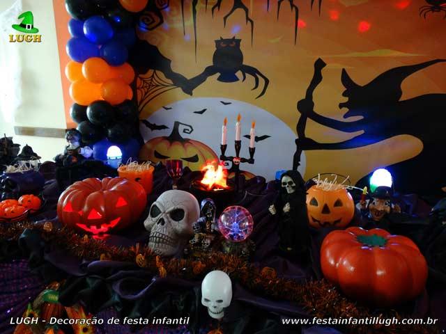 Decoração tema Halloween para aniversário - Mesa decorativa luxo