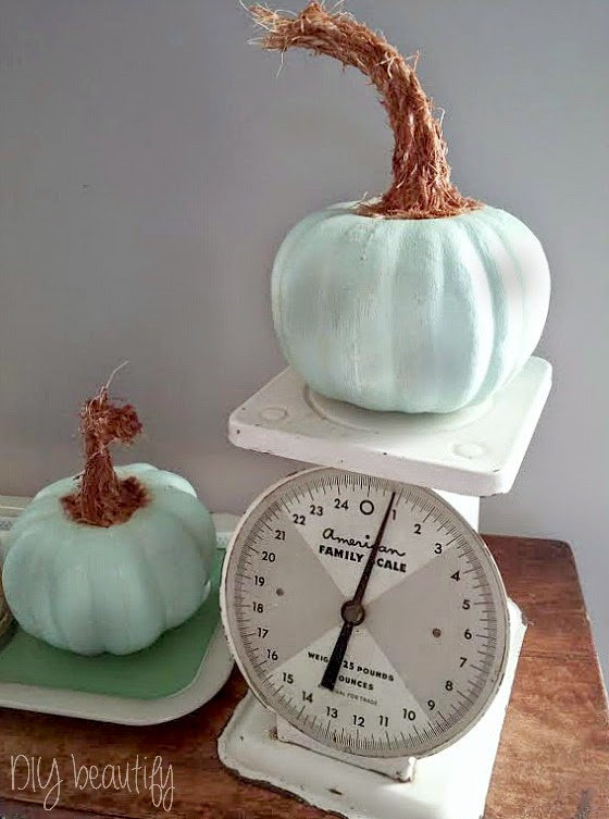 Vintage Scale with Aqua Pumpkins www.diybeautify.com