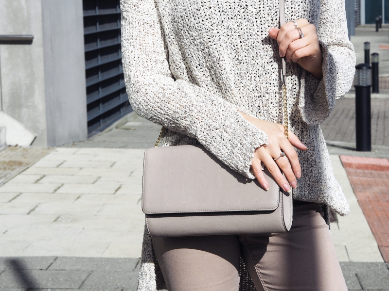 H&M nuetrals spring 2016 trends fashion blogger wearing neutrals