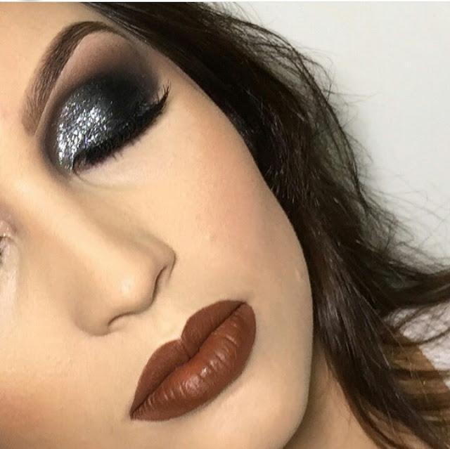 Maquiagem prata