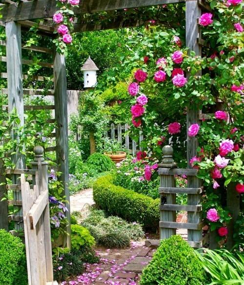 9 Cottage Style Garden Ideas: The Farmgirl Diaries: Garden Inspiration