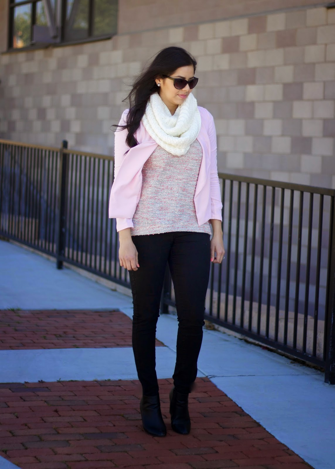 H&M pink jacket, H&M pullover sweater, H&M crepe jacket, how to wear black skinny jeans, forever 21 black skinny jeans, skinny jeans under $30
