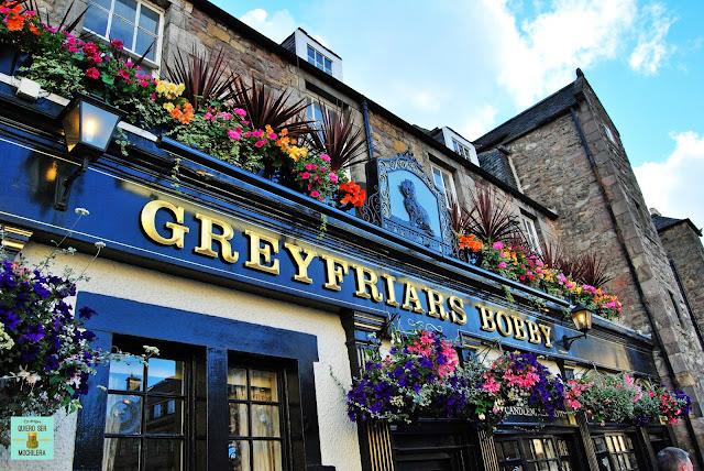 Taverna dedicada al perro Bobby, Edimburgo