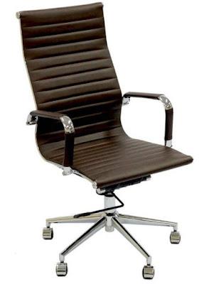 Foto da Cadeira Office Eames Presidente Com Rodízio E Sistema Relax Cafe´