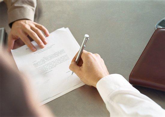Contoh Surat Kuasa untuk Pengacara Terkait Tuduhan Penipuan dan Penggelapan