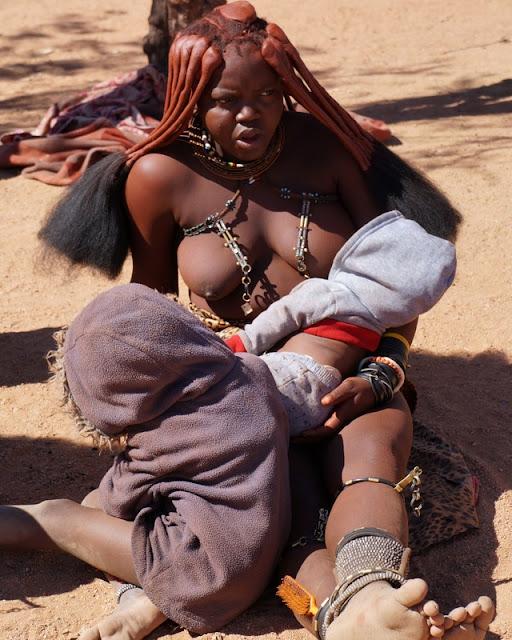 Visitando aldeias das etnias Himba e Damara na Namíbia