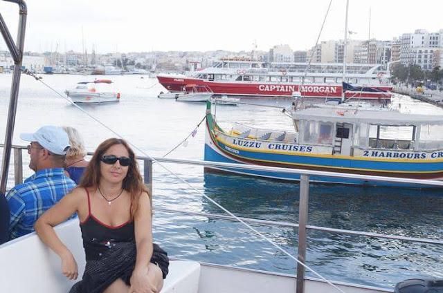 paseo en barco por la valeta malta