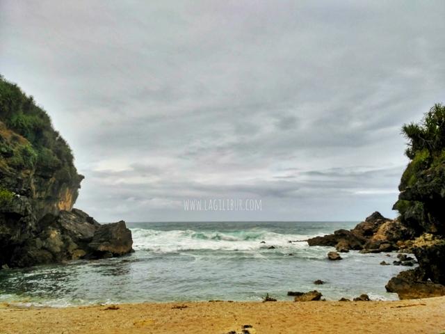 Pantai Torohudan Gunungkidul DIY
