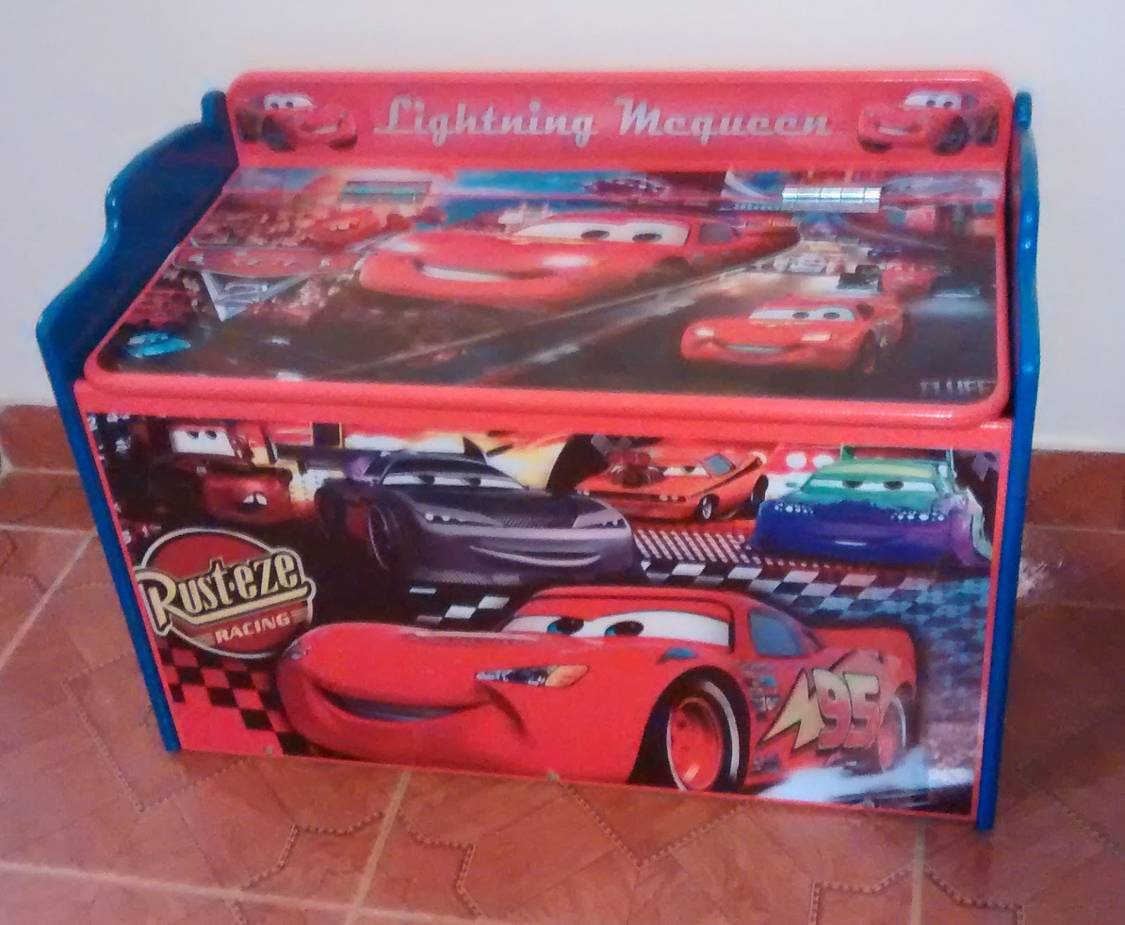 Galeria arte y dise o madekids ba l para juguetes cars - Baul para guardar juguetes ...