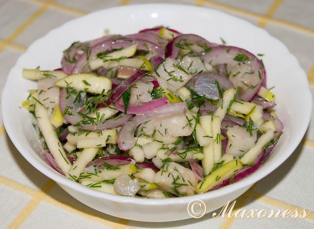 Салат из сельди с яблоками