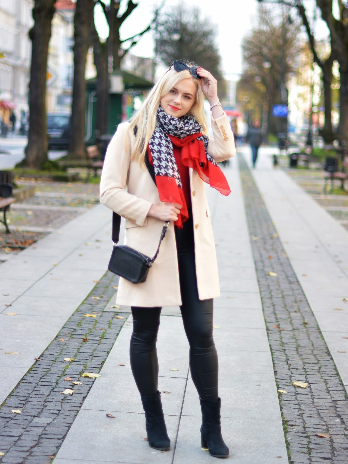 beige coat outfit