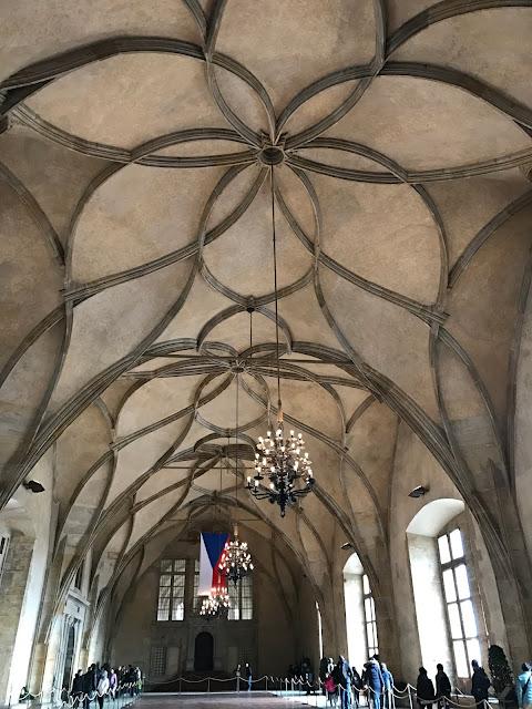 salle Vladislas du château de Prague