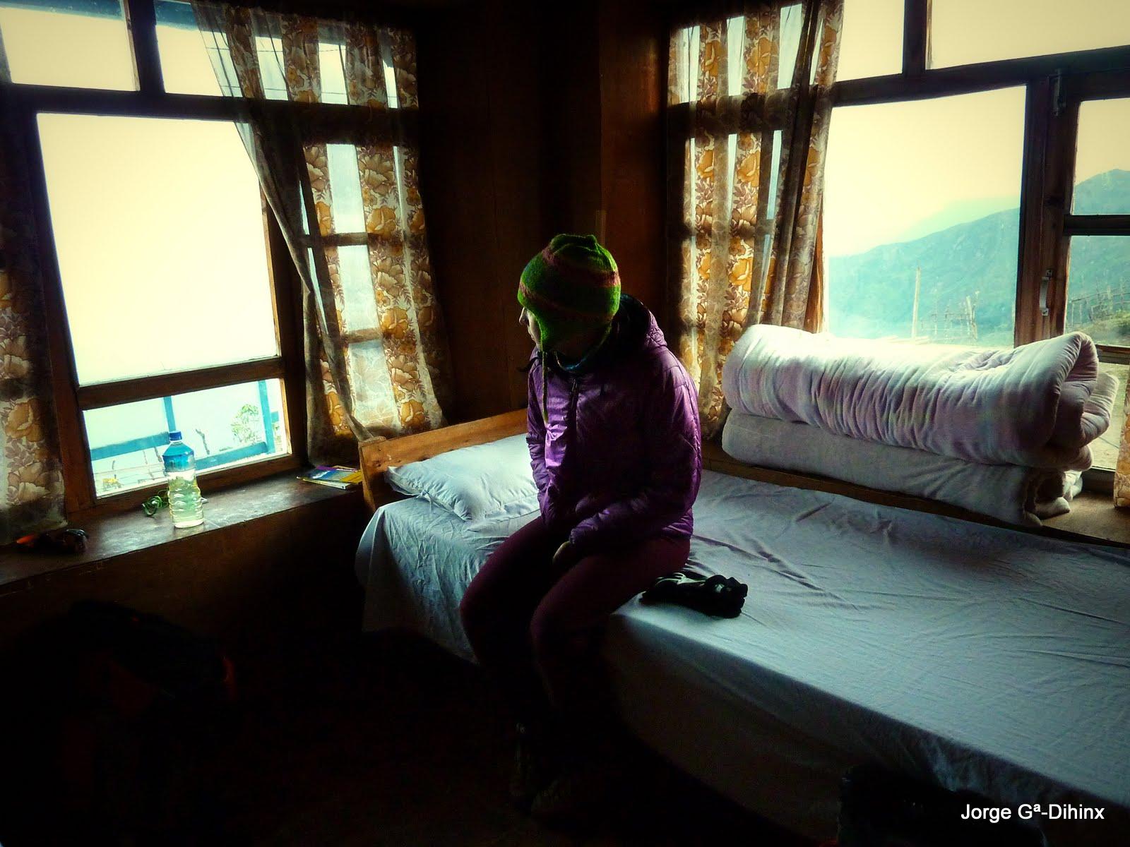 Pillados desde la ventana de casa - 3 part 6