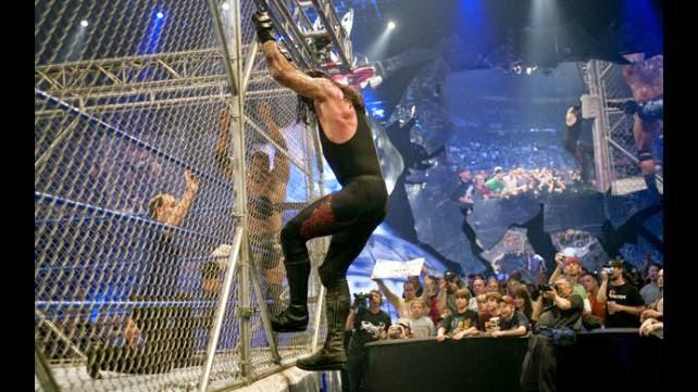 Resultado de imagem para undertaker vs batista steel cage match