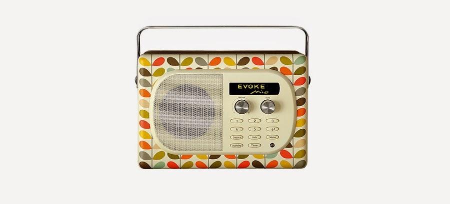 Radio de aspecto antiguo