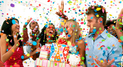 официальные нерабочие праздничные дни (выходные)