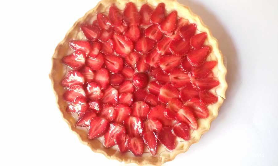 tarta de fresas con hojaldre