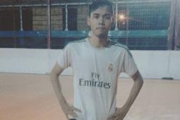 Hobi, Masa Kecil, dan Futsal