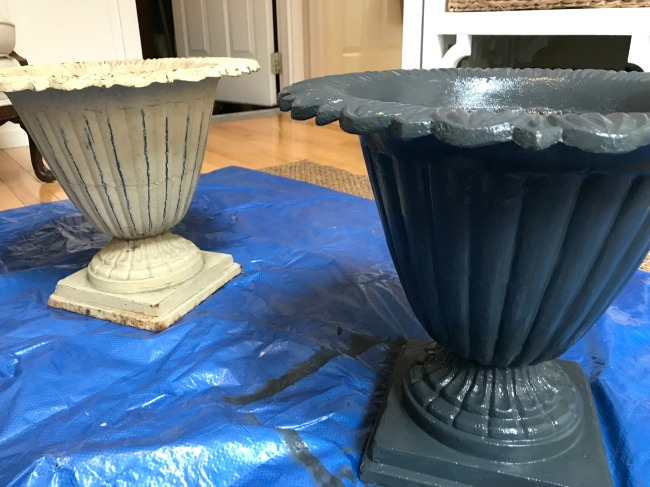Painting Iron Planters black for Spring