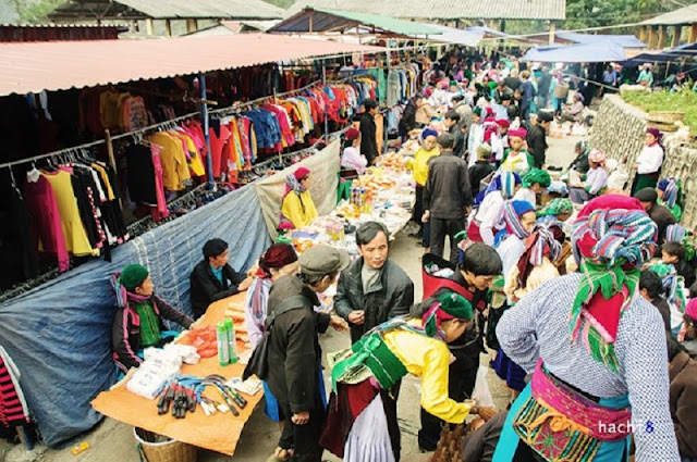 Ethnic minority market in Ha Giang Province 2