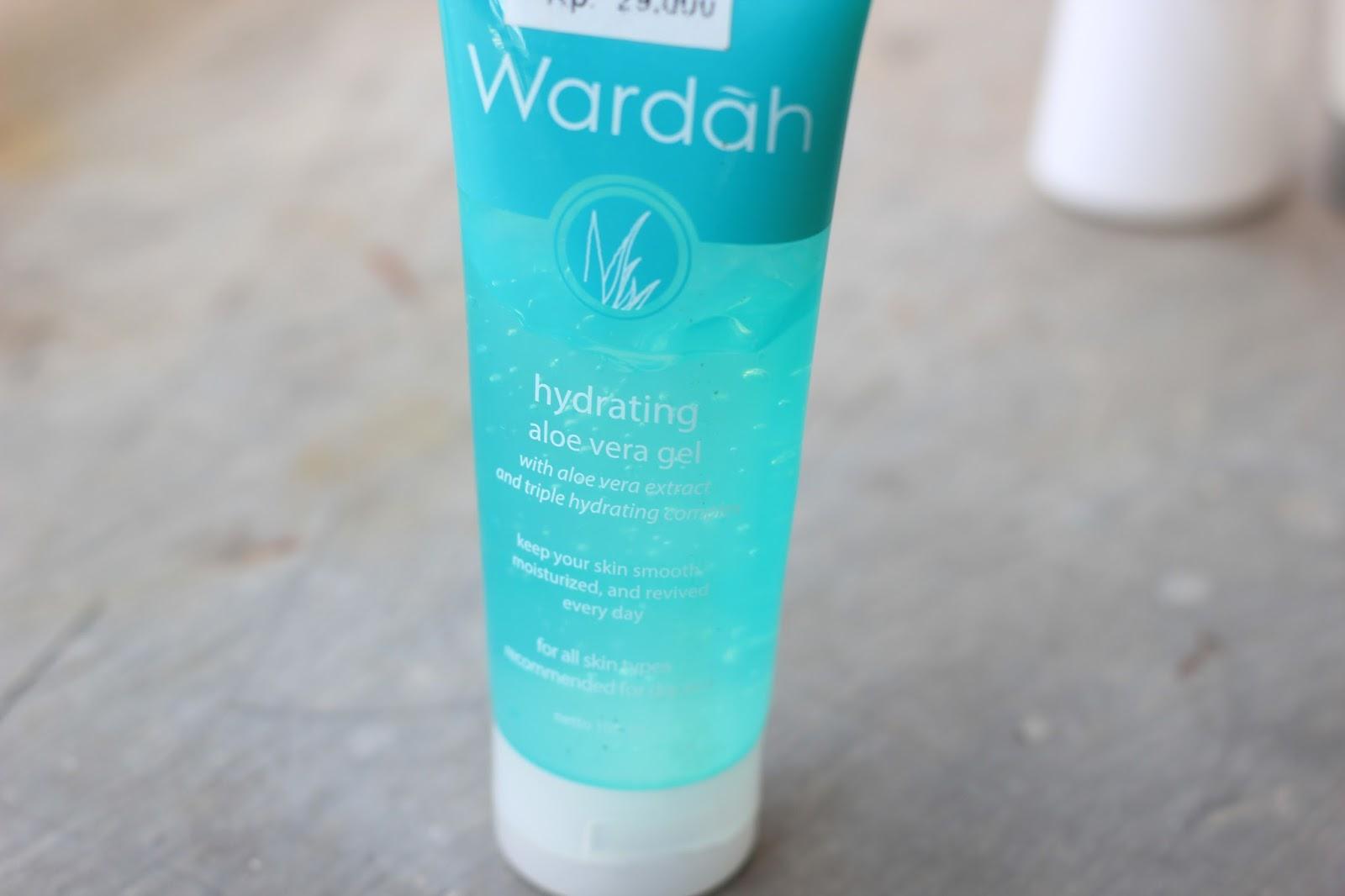 Review: Wardah Hydrating Aloe Vera Gel - bungabangun