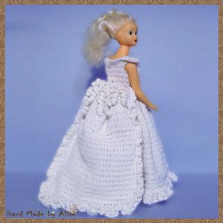 платье невесты для Барби крючком шлейф и тюрнюр