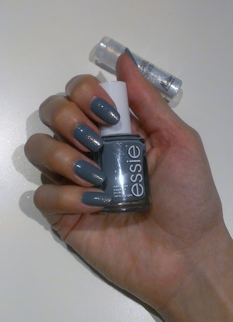 color de uñas para fiesta