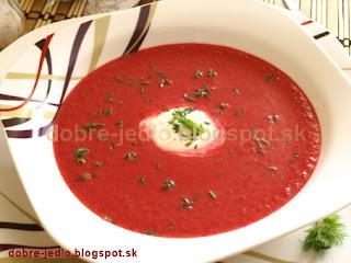 Cviklová polievka s koreninovým jogurtom - recepty
