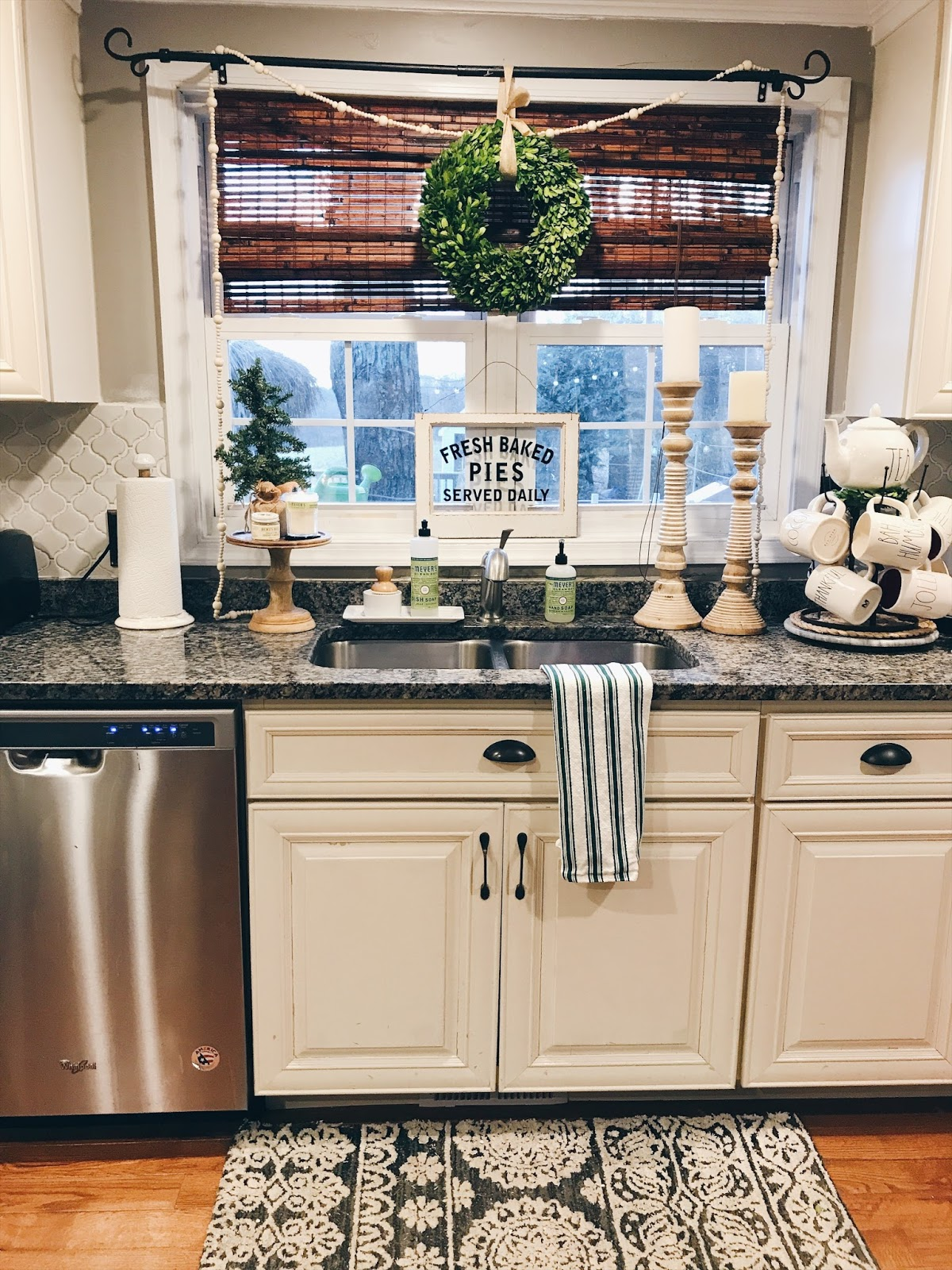 How To Decorate Your Kitchen Oak Cabinet Doors 5 Quick Easy Ways For Christmas The 1 Put Up A Wreath