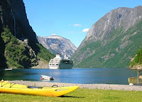 Gudvangen, Nærøyfjorden. Foto: Gunnar Bruvik via Wikipedia. Fri bruk.
