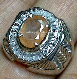 Cincin Batu Permata Paparacha Safir