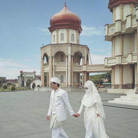Foto Pernikahan Wardah Maulina dan Natta Reza