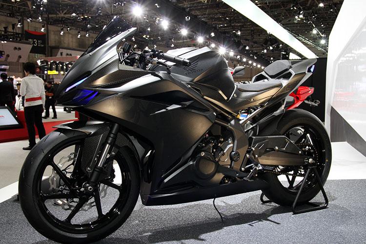 https://4.bp.blogspot.com/-hQQghxlaob4/Vu12acCR29I/AAAAAAAAAxw/PuHCOzkujgUAALptfn-tv2oB3mRt3Rrvw/s1600/2017-honda-cbr250rr-cbr-300-motorcycle-sport-bike-.jpg