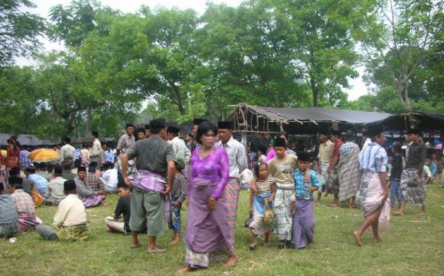 Di Sidrap suku Towani Tolotang, memilih Hindu dan meninggalkan kepercayaan leluhur