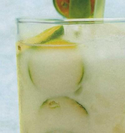 10 đồ uống giúp cơ thể giải nhiệt mùa hè-1