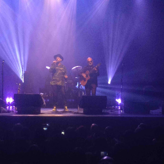 "Retour de Boy George au Casino de Paris pour la promotion de son album ""This Is What I Do""."