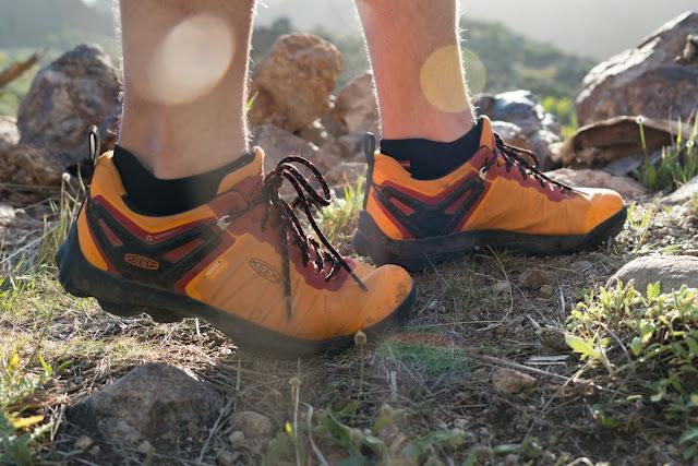 Keen Venture WP | Wasserdichte Wanderschuhe für Herren | Agiler Hiker für Touren auf dem Trail 01