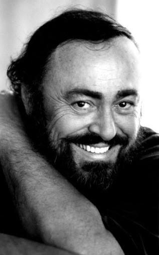 Foto de Luciano Pavarotti con arrugas