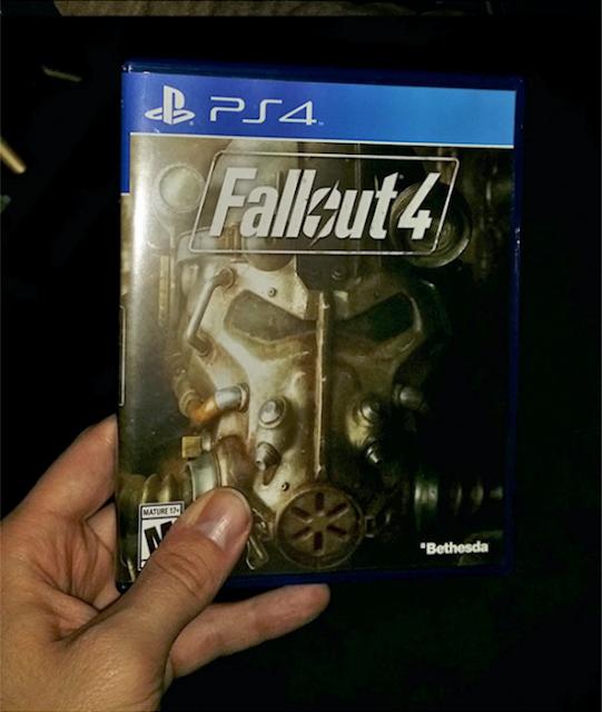 Esposa le esconde su videojuego favorito y lo obliga a superar acertijos estilo 'Saw' para hallarlo