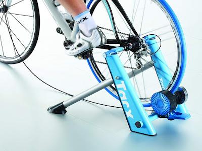 Regalos originales para ciclistas: Tacx Blue Matic T-2650 -  Rodillo de ciclismo