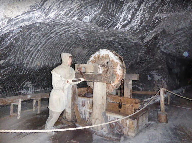 il lavoro nella miniera di Wieliczka