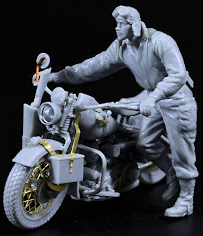 "Construction Review: MiniArt's new 35th scale U.S.""Soldier Pushing Motorcycle"""