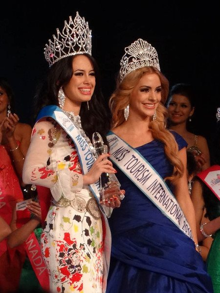 Aileen Gabriella Robinson : Miss Tourism International 2011