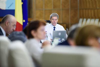 Dacian Cioloș, Liviu Dragnea, Cioloș-kormány, Románia,