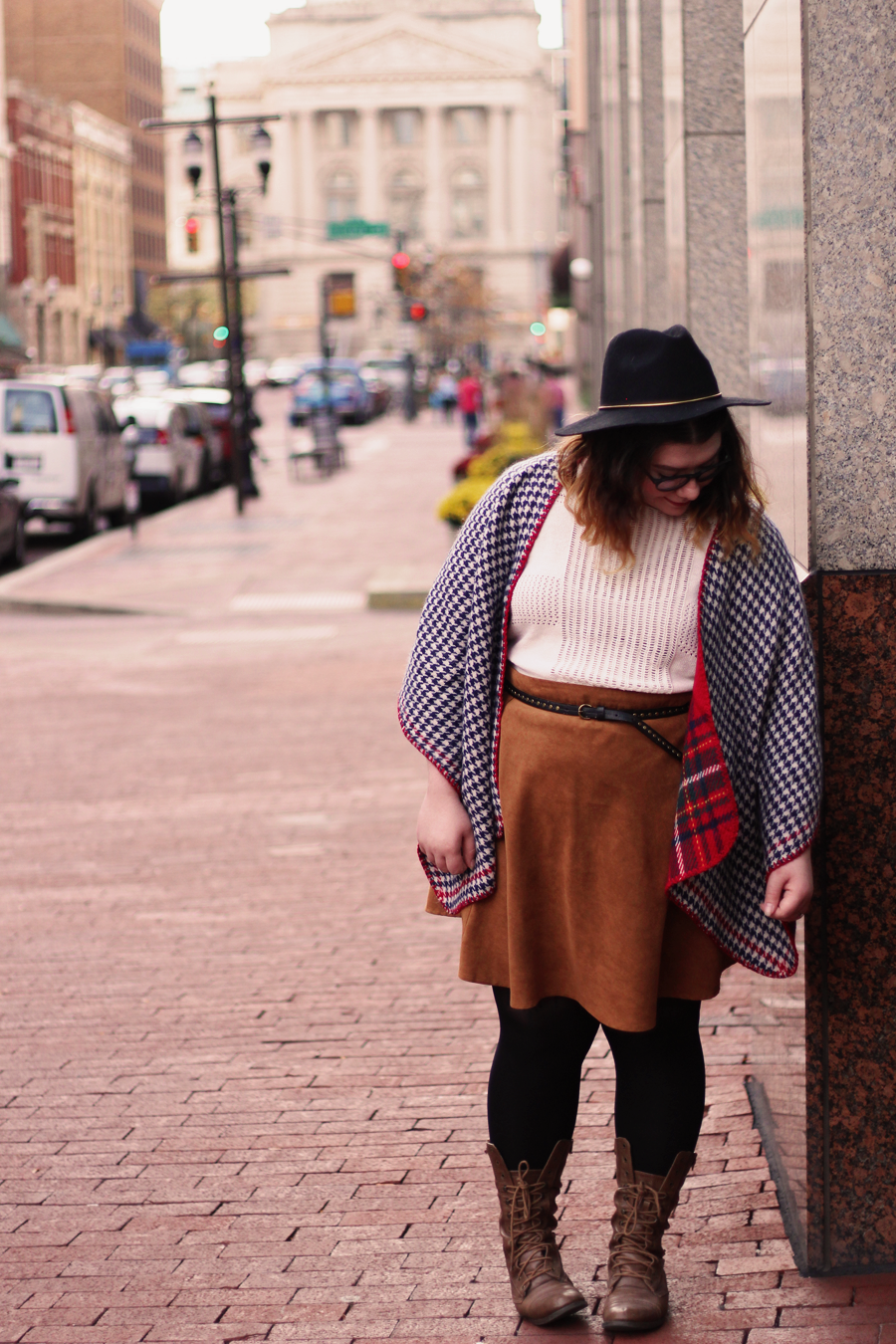 Houndstooth & Brown | katielikeme.com fashion outfit fall style