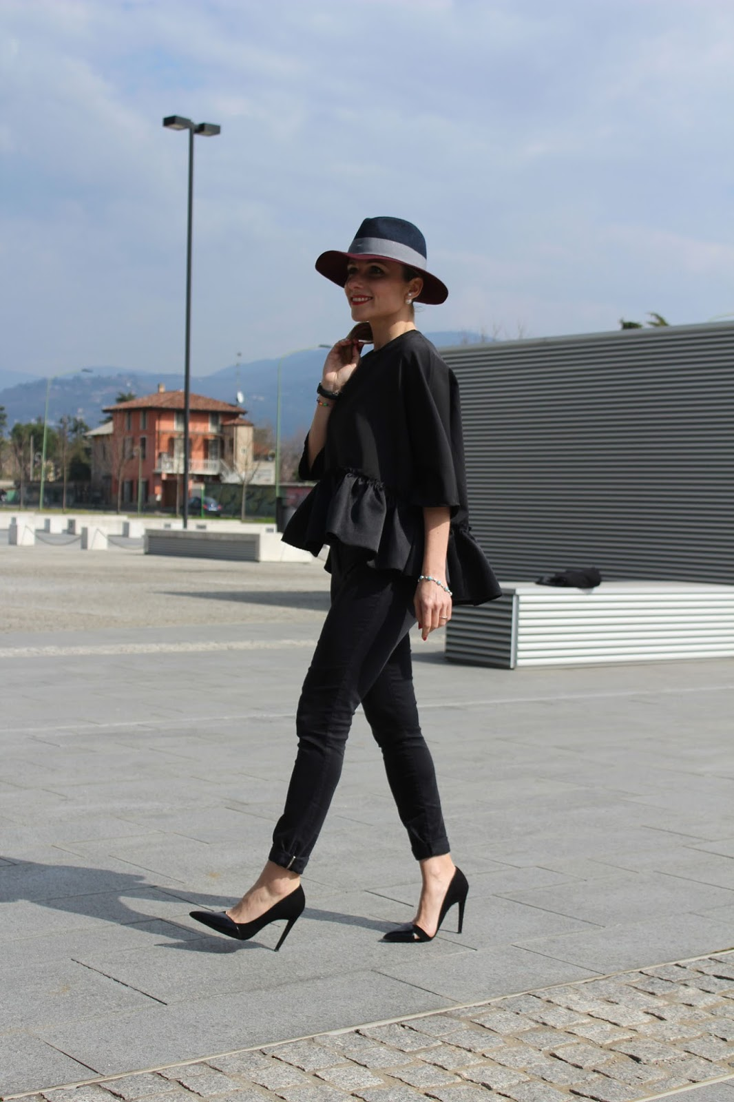 Eniwhere Fashion - Totally black